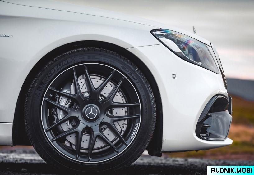 Mercedes-AMG-S-W222_8f35be27e939afe58c63e1034be3486f